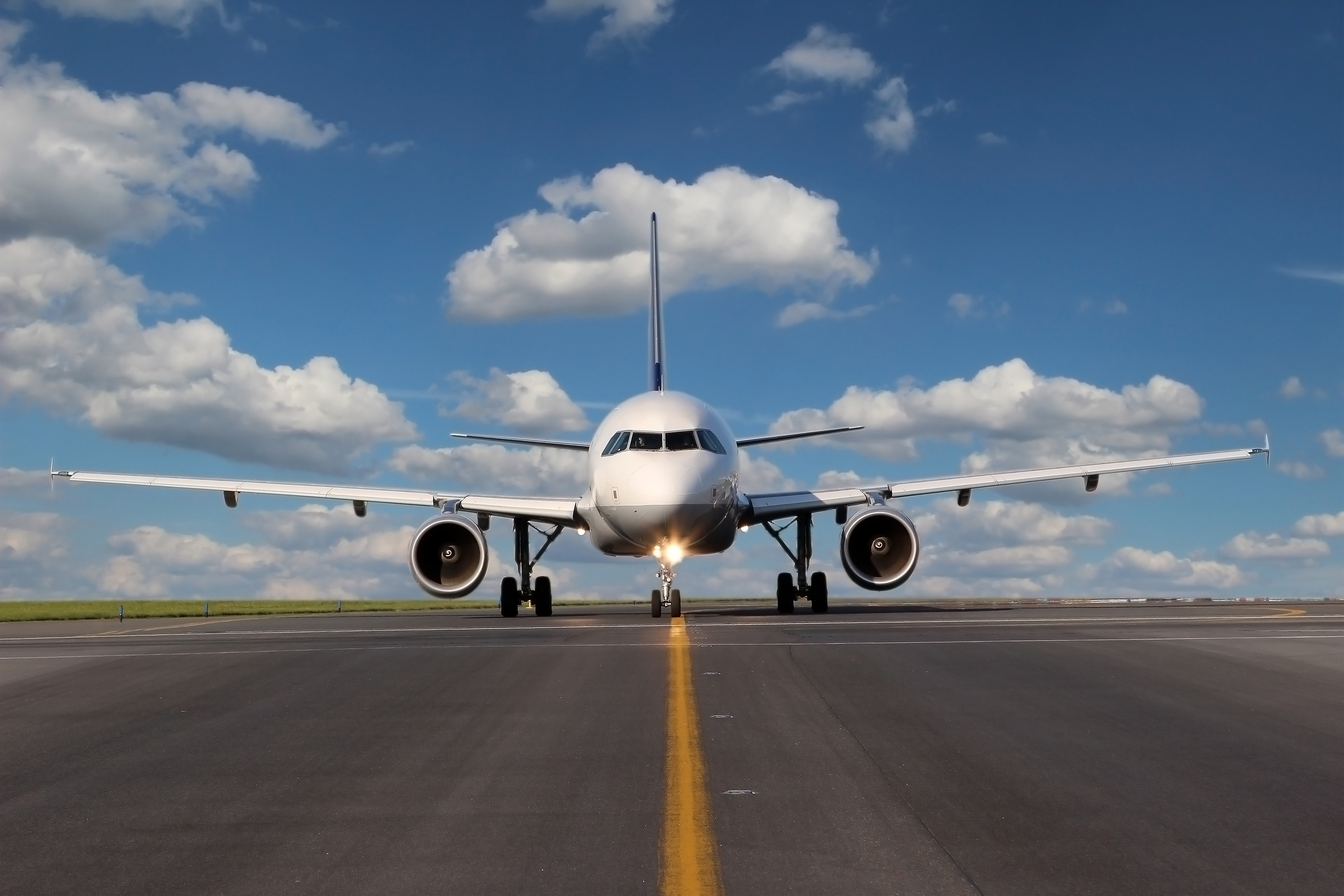 Climate change impacts on aviation/Adobe Stock