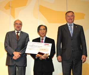 Matsuno receives IMO award