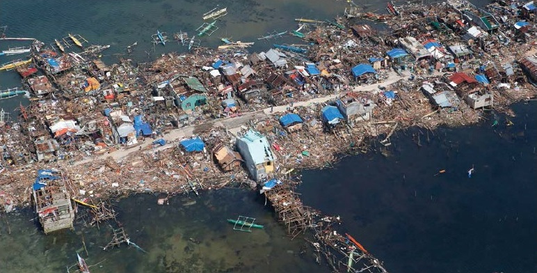 Guiwan, Philippines, after Typhoon Haiyan - Erik de Castro/Reuters