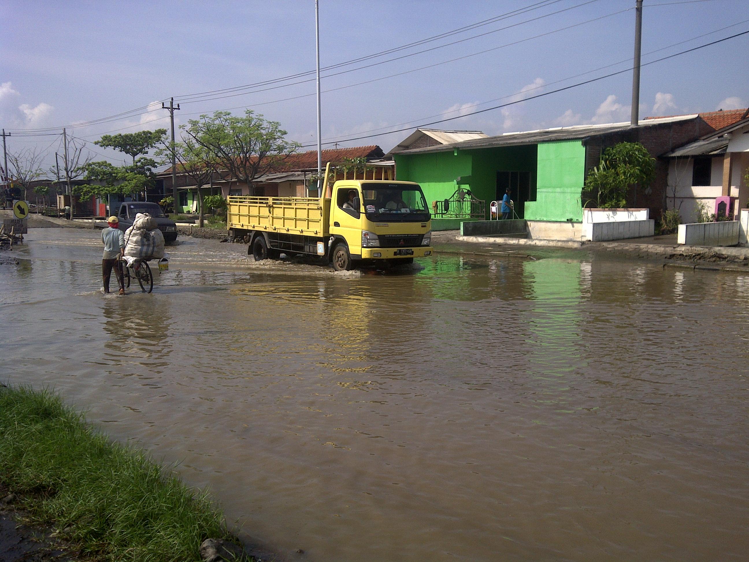 Coastal inundation in Semarang, Indonesia