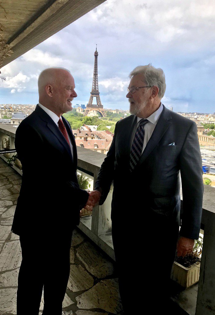 WMO President David Grimes meets UN Special Envoy for the Ocean, Peter Thomson, during UNESCO IOC Executive meeting 3 July 2018. Photo Peter Thomson.