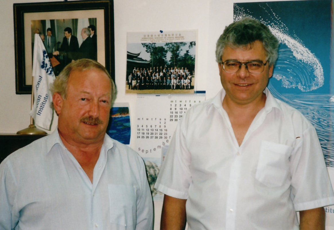 interview vladimir ryabinin executive secretary of the vladimir ryabinin and former ioc executive secretary gunnar kullenberg at the headquarters of the international ocean institute in spring 2000