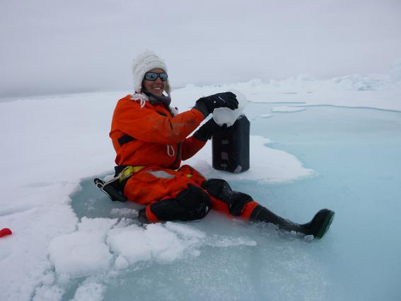 Biologist Mar Fernandez-Mendez, N-ICE2015 expedition, Norway
