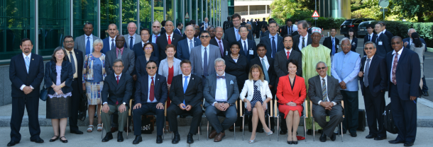 EC-70 Members -WMO, Debray