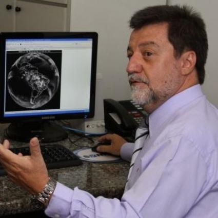 Divino Moura of Brazil wins IMO Prize