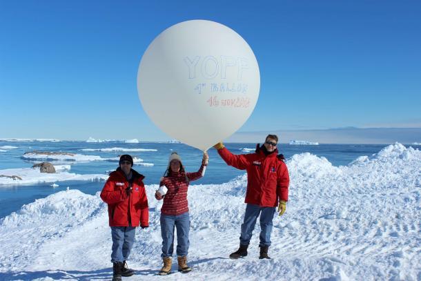 1er lâcher de ballon de la campagne YOPP_16/11/18_base de Dumont d'Urville @Météo-France