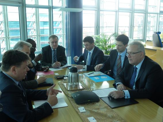 WMO Secretary-General Petteri Taalas met European Union Commissioner for International Cooperation and Development Neven Mimica at WMO headquarters on 30 March.