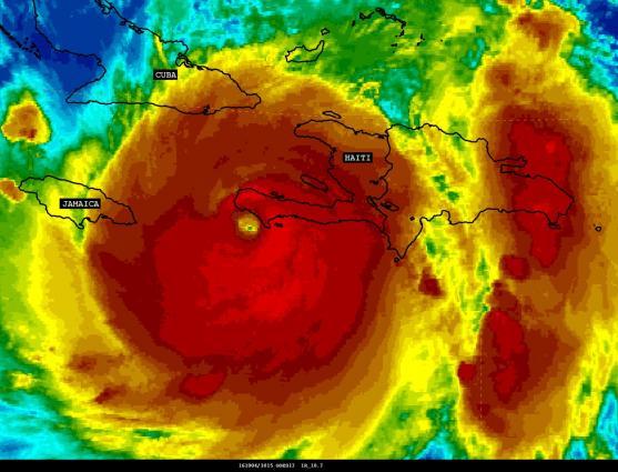 Hurricane Matthew, 1200 UTC 4 October, Source: NOAA