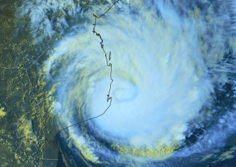 cyclone Dineo hits Mozambique 15 Feb