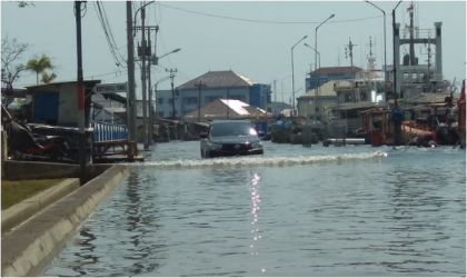 Coastal flooding in Indonesia - Source: BKMG