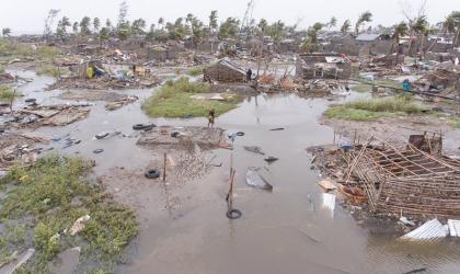 Drone photo footage of #CycloneIdai in #Beira, #Mozambique. IFRC.