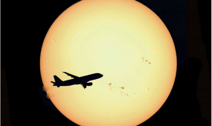 """""""Airliner and Sun Country"""" by S. Lebrigand"""